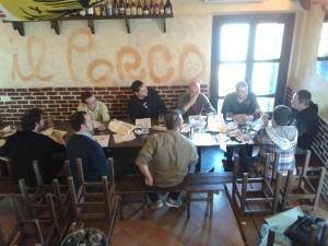 Il team di degustazione quasi al completo... a parte l'autore della foto (Sergio Riccardi)